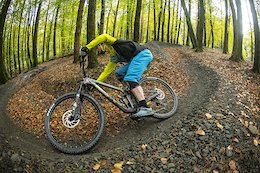 16/17.10.19. Marin Bikes. Mount Vision Carbon. Rider: Nikki Whiles.  PIC © Andy Lloyd www.andylloyd.photography