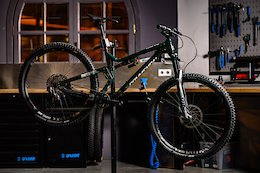 Video: Commencal Builds An 'A La Carte' Meta