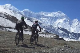 Video: Cory Wallace Goes for FKT on Nepal's Annapurna Circuit