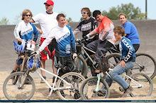 Commencal Canada announces 2008 Race team
