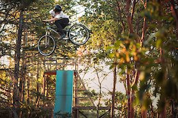 Video: Sessioning Backyard Jumps in British Columbia