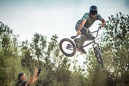 Video: Ruben Alcantara is Experimenting with a Full-Suspension BMX Bike