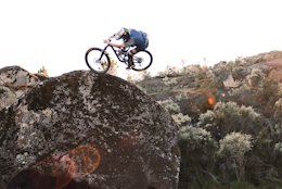 Must Watch: Bike Surfing in Portugal with Josh Bryceland & the Cannondale Waves Crew