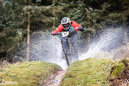 Race Report: Northern Downhill Hosts the Ae TT on a Stormy Weekend