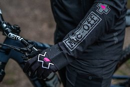 Video: Muc Off Launches its First Technical Clothing Range