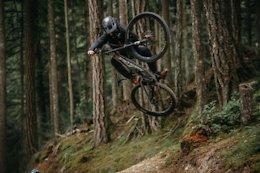 Video: Tacky Dirt & Short Lift Lines Doing Winter Bike Park Laps at Coast Gravity