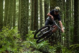 Video: The Free Radicals Riding in the Backwoods of Oregon