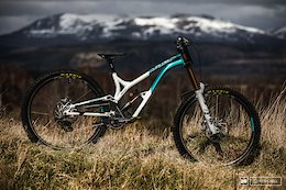 Bike Check: Greg Williamson's Commencal Supreme