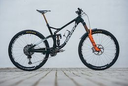 Bike Check: Greg Callaghan's Devinci Spartan