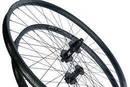 Atomik Carbon Go Back to Basics With Aluminium Wheelset - Pond Beaver 2020