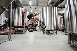 Video: Lake Jumps, Brewery Tour & Heavy Indoor Session in Episode 4 of the Partymaster Tour