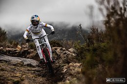 SRAM & Commencal Muc-Off Team Part Ways After 5 Years