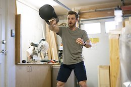 Video: Jesse Melamed Learns Kettlebell Training Basics Over Zoom With Physio Aaron Dobie