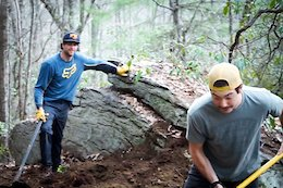 Video: The Mulally and Shaw Brothers Build a Loam Track
