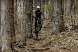 Video: Aaron Gwin, Sam Reynolds, Tracey Hannah & More Play Tire Toss with the New Kenda Pinner