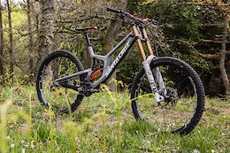Bike Check: Ben Cathro's Santa Cruz V10