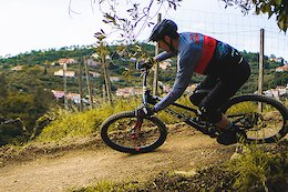 Video: Italian Enduro Racer Jack Dodino Shreds Fresh Trails in Finale Ligure