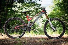 Bike Check: Neko Mulally's Intense M29: Downhill Southeast - Windrock 2020
