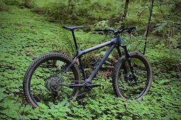 Calfee Show Off Upcoming California-Made Carbon Hardtail