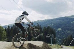 Video: Matteo Iniguez & Antoine Pierron Go Big at Les Gets Bikepark