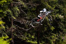 Video: Fabio Wibmer and Vali Höll Shred Saalbach Bike Park on its Opening Weekend