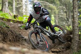 Must Watch: Amaury Pierron Goes Ridiculously Fast Aboard Commencal's New Supreme DH 29/27