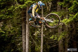 Video: Red Bull Highlights from the Schladming NotARace iXS Test Session