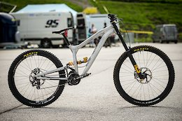 Bike Check: Andi Kolb's Gamux DH Prototype
