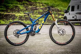 Bike Check: Wyn Masters' GT Fury Team - iXS Cup Test Session