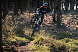 Video: Pre-Season Ripping With the Giant Factory Off Road Team in Lousa