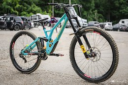 Two Pro Bikes from Downhill Southeast - Windrock II 2020