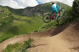 Video: Danny Hart Rides the Vink Link at Châtel Bikepark