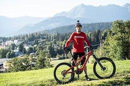Video: Claudio Caluori Completes his e-MTB Everesting Challenge