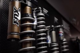 Video: Explore the Influence of Powersports in Mountain Bike Suspension Design with 'Dialed'