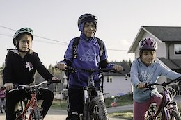Video: Building A New Trail With First Nations Students - Race Face Creator Series