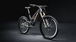 Kellys' New Theos eMTB Has a Robot-Built Carbon/Steel Thermoplastic Frame