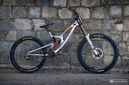 Bike Check: Loris Vergier's Santa Cruz V10 MX