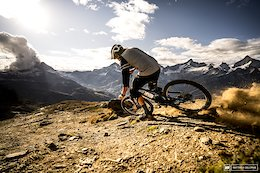 Discovery Invests in Enduro World Series, Aims to Begin Live Broadcasts