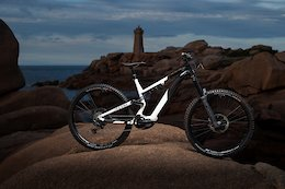 Commencal Announces New Meta Power With Shimano EP8 Motor