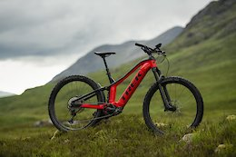 Trek's New Powerfly eMTB Doesn't Look Like A Session - Across the Pond Beaver