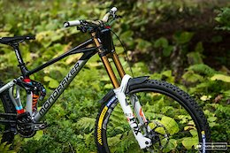 Bike Check: Brook Macdonald's New Mondraker Summum