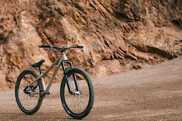 Bike Check: Lukas Schäfer's Signature Radon Slush