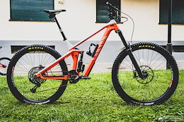 Bike Check: Jack Moir's Canyon Strive - EWS Pietra Ligure 2020