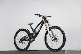 Bike Check: Kaos Seagrave's Canyon Sender - Crankworx Innsbruck 2020