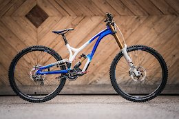Commencal Reveals World Champs Bikes for Myriam Nicole, Thibaut Daprela, Greg Williamson, & More