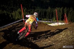 Vali Höll Out of World Champs After a Serious Crash in Practice