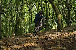 Video: Raw Hardtail Hooning with EWS Racer Leigh Johnson