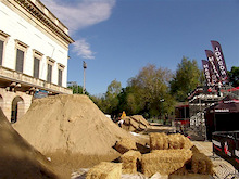 """Diggin Dirt"" for the first Nissan Qashqai Challenge Open in Milan"