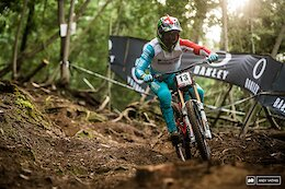 Pinkbike Poll: What's Your Ideal Handlebar Width?