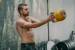 Video: Guided Kettlebell Workout with Dialed Health